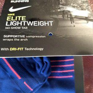 Nike Athletic Elite Run socks Men M L NWT No Show